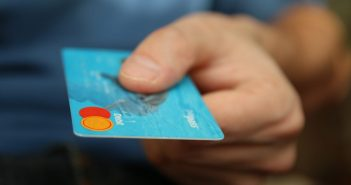 Scammers Lift Life Savings with Fake Card Reader