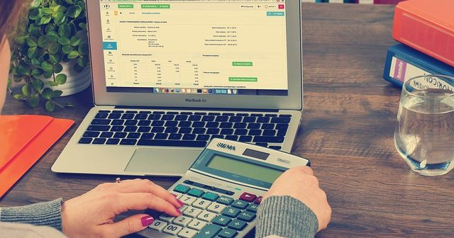 Three Quick Bookkeeping Tips Before you go on Holiday