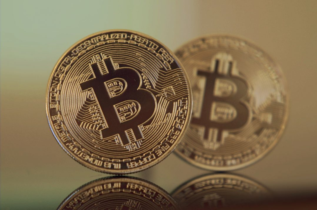 Trading Cryptocurrencies From Your Home