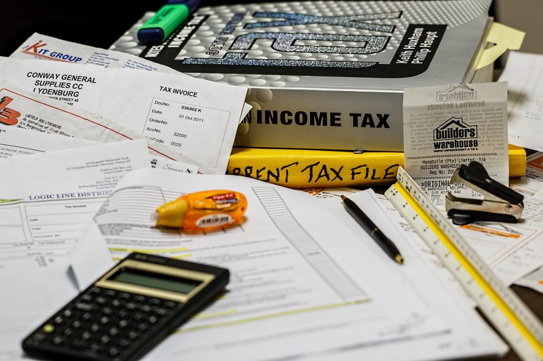 What Should You Use a Payroll Service For?