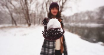 Using the snowball method to repay debts